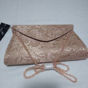 Adriana Papell Nude Lace Envelope Clutch